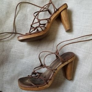 Vintage Ellemenno 90s Strap Lace Suede Heels